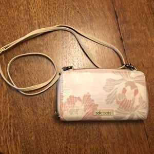 sak roots crossbody purse!